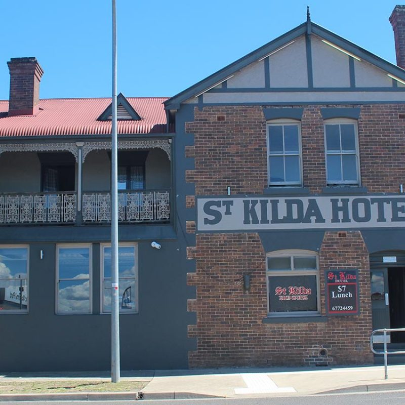 Take a Self-Guided Heritage Walk Things To Do in Armidale - Sandstock Motor Inn